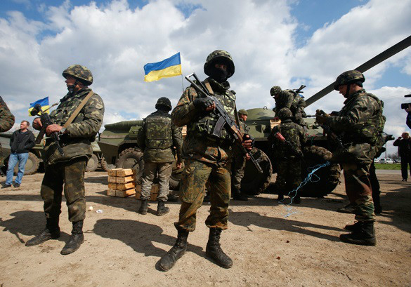 Rada moves to pass law banning use of mobile phones by soldiers in Donbas conflict zone