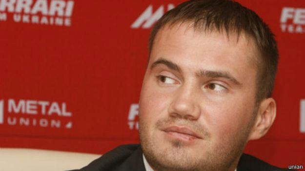 Ukraine ex-President Yanukovych's son 'sank in lake'