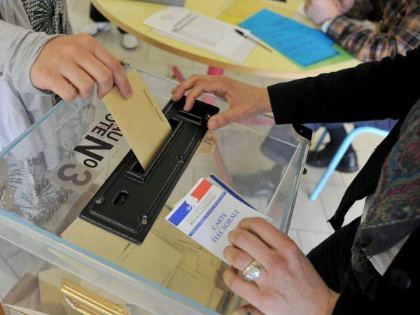 French local elections: Polls suggest Sarkozy victory