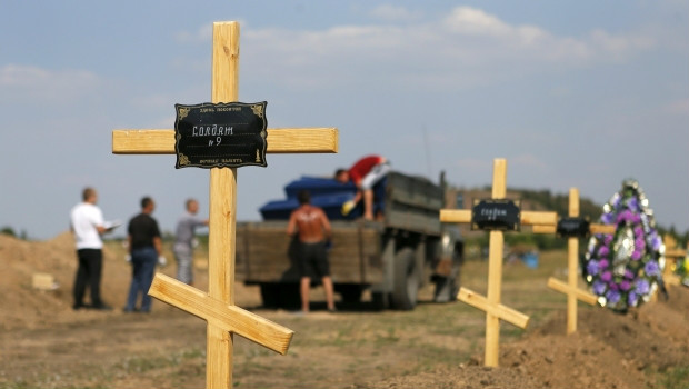 Families of Russian soldiers killed in Donbas 'got RUB 3 mln for silence'