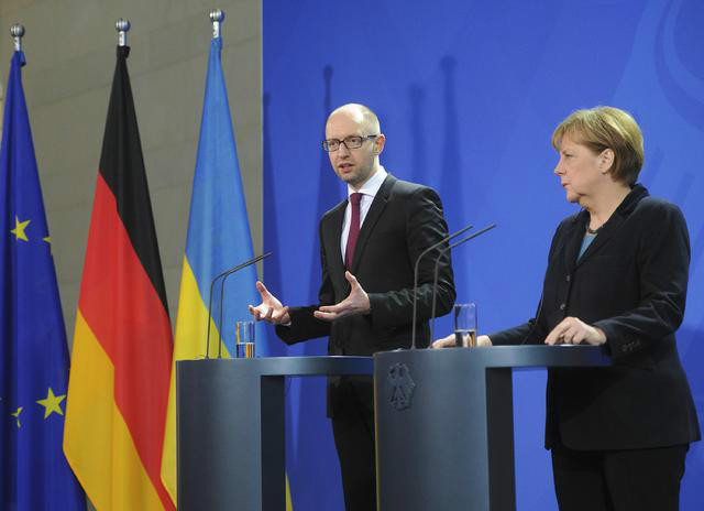 East Ukraine situation improved, but more work to be done, Merkel says (Video)