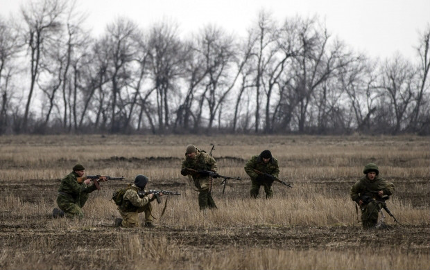 Militants fire heavy artillery at Ukrainian forces ten times overnight