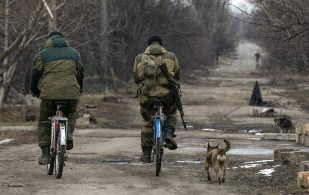 Donetsk militants repairing railways in Ilovaisk, Debaltseve to transport arms