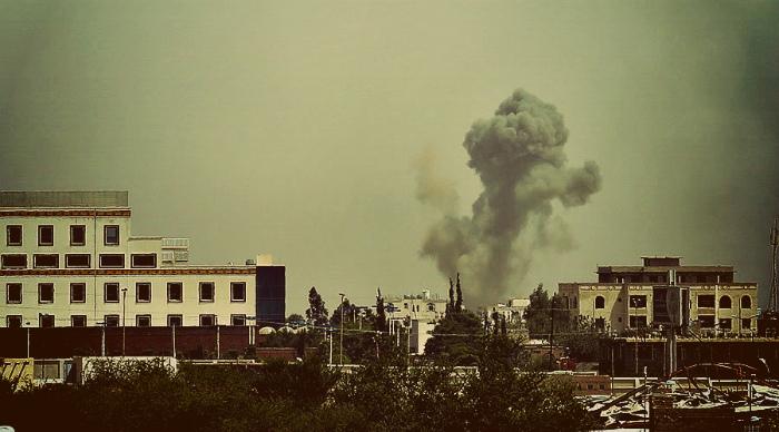 Saudi coalition jets 'purge Yemen of scum' with intensive airstrikes