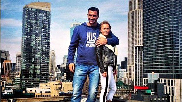Hayden Panettiere and Wladimir Klitschko showed their american house (photos)