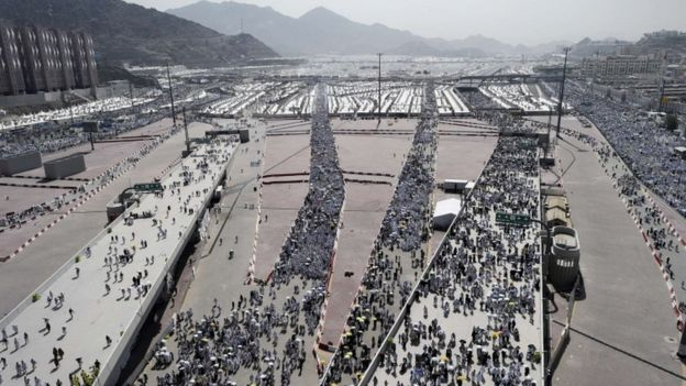 Hajj stampede: Saudis face growing criticism over deaths