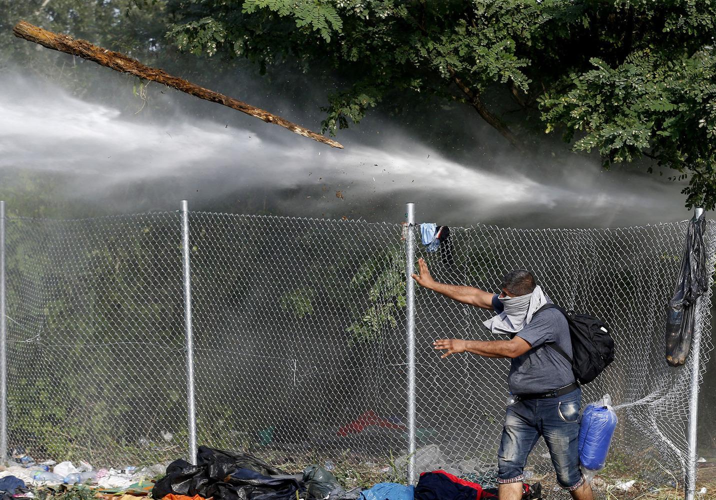 APTOPIX Serbia Migrants