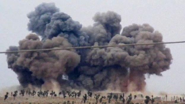 Syria conflict: Russia and France meet amid tensions over air strikes