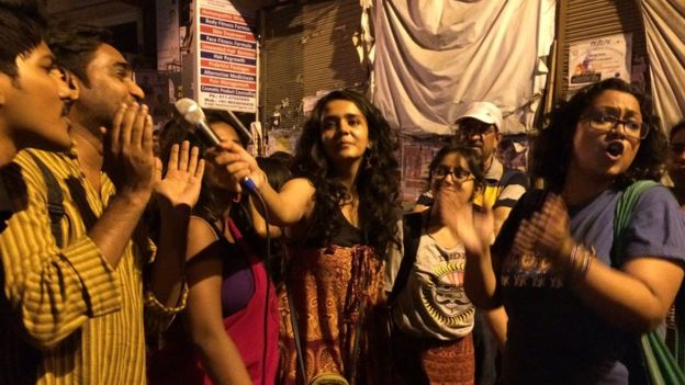 Claiming Delhi's streets to 'break the cage' for women