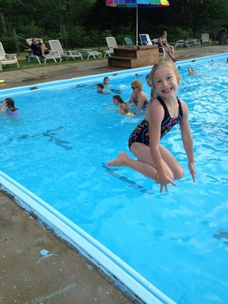 kidsfloatonwater