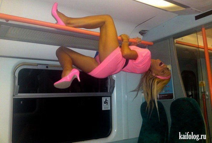 Freaks in the subway (photos)