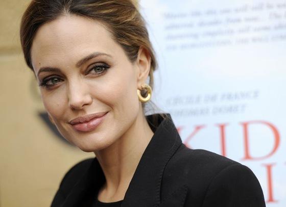 Angelina Jolie feared nude bathing scene in By the Sea