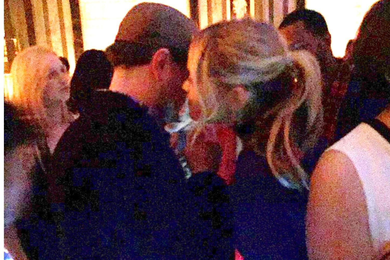 Тра с блондинкой 17 фотография