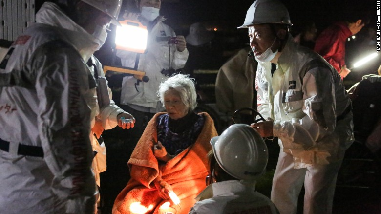 160415153254-03-japan-earthquake-0416-exlarge-169