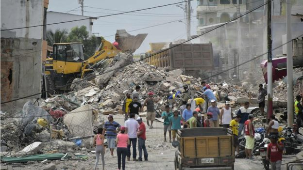 Ecuador earthquake: At least 413 people confirmed dead