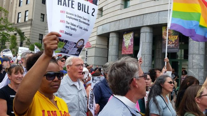 North Carolina LGBT law fuels demonstrations for and against