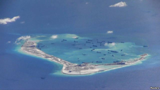 US Announces Joint Patrols With Philippines in South China Sea