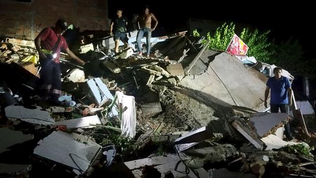 Ecuador earthquake of 7.8 magnitude kills dozens