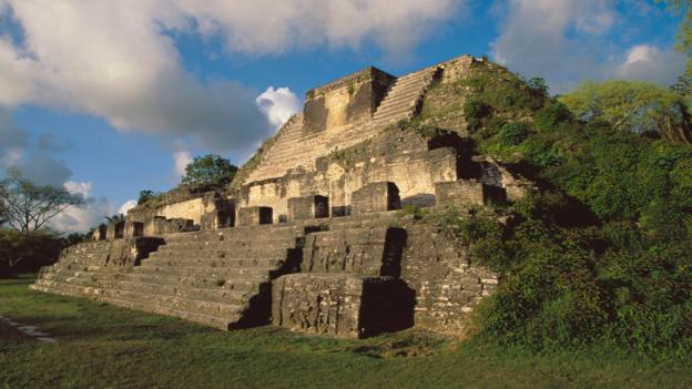 DET6MH Temple. Maya ruins of Altun Ha. Belize
