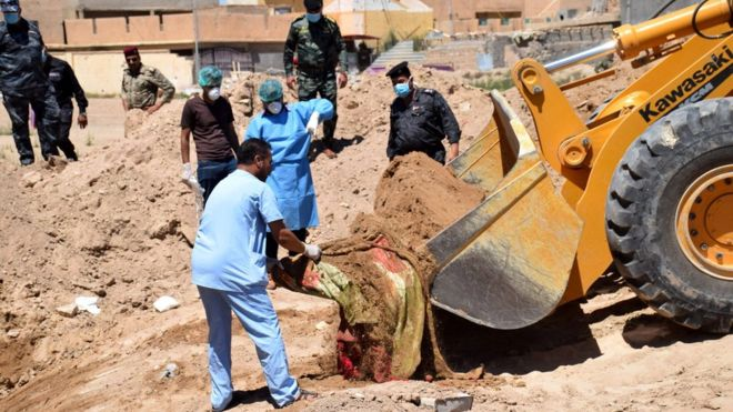 'More than 50' IS mass graves found in Iraq, says UN envoy