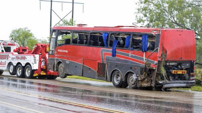 Casino coach crash near Laredo, Texas, kills eight
