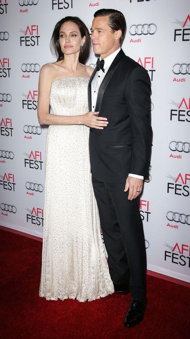 Angelina-Jolie-and-Brad-Pitt (1)