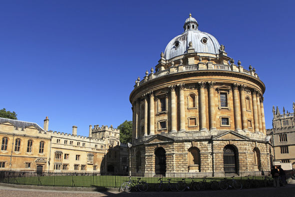 Other-academics-from-Oxford-University-pictured-have-also-spoken-out-552581