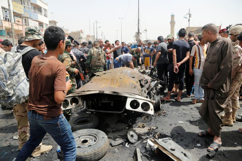 IS conflict: Dozens killed in Baghdad car bombings
