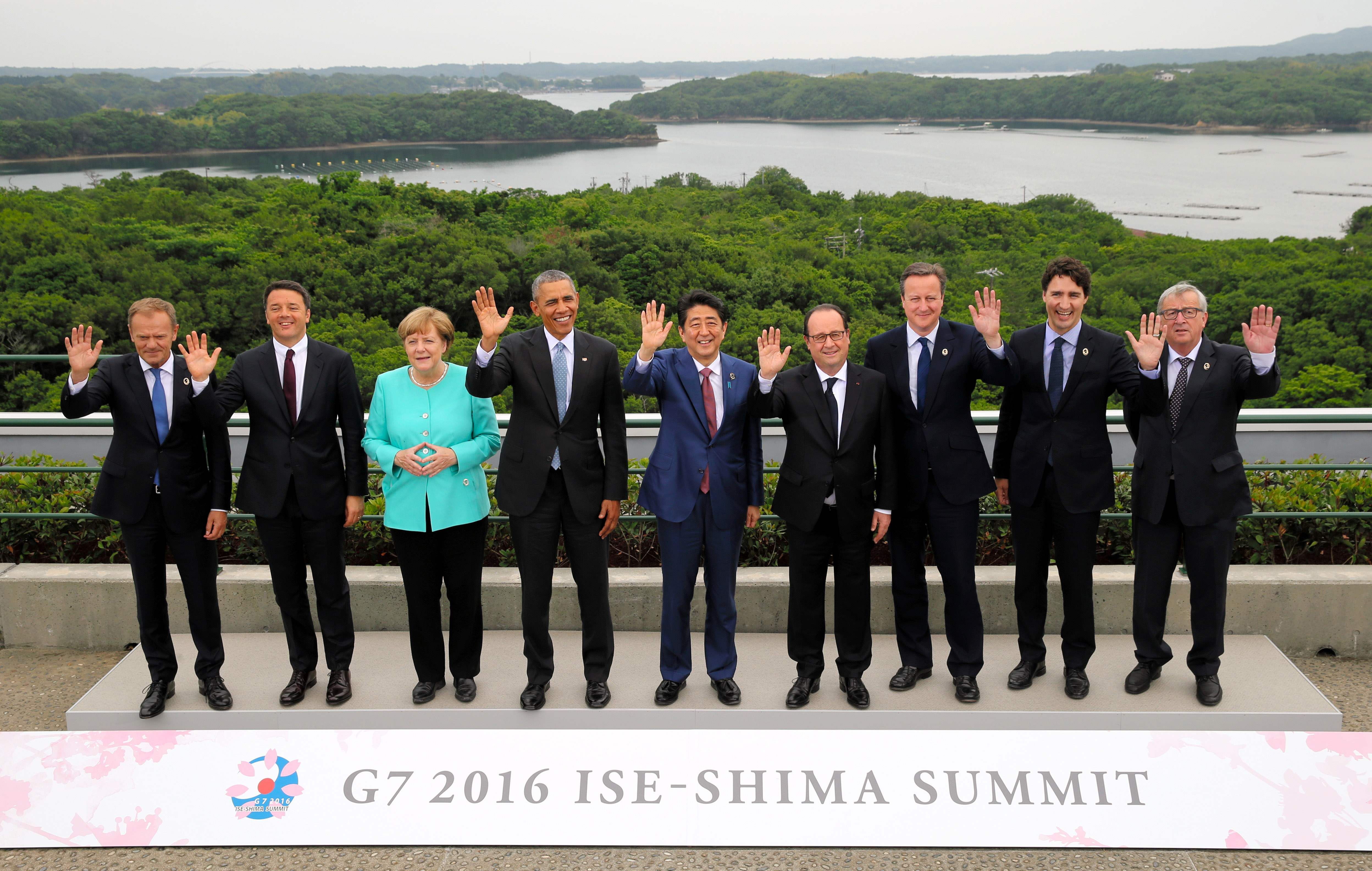 G7 leaders warn of Brexit risk to growth