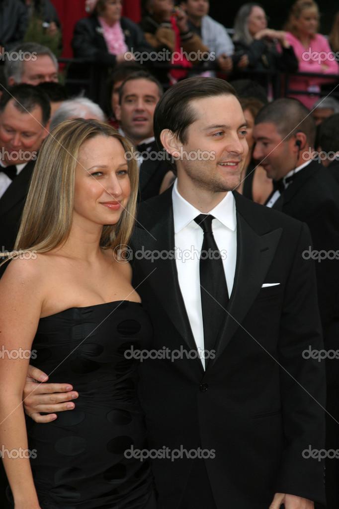 Tobey Maquire & fiance Jennifer Meyer 79th Annual Academy Awards Kodak Theater  Hollywood & Highland Hollywood, CA February 25, 2007 ©2007 Kathy Hutchins / Hutchins Photo