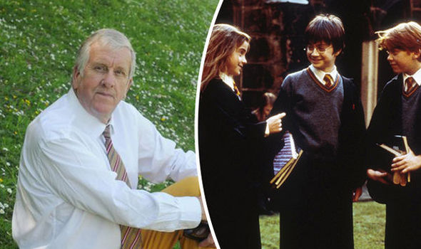 Headteacher incredibly claims Harry Potter books could DAMAGE childrens' BRAINS