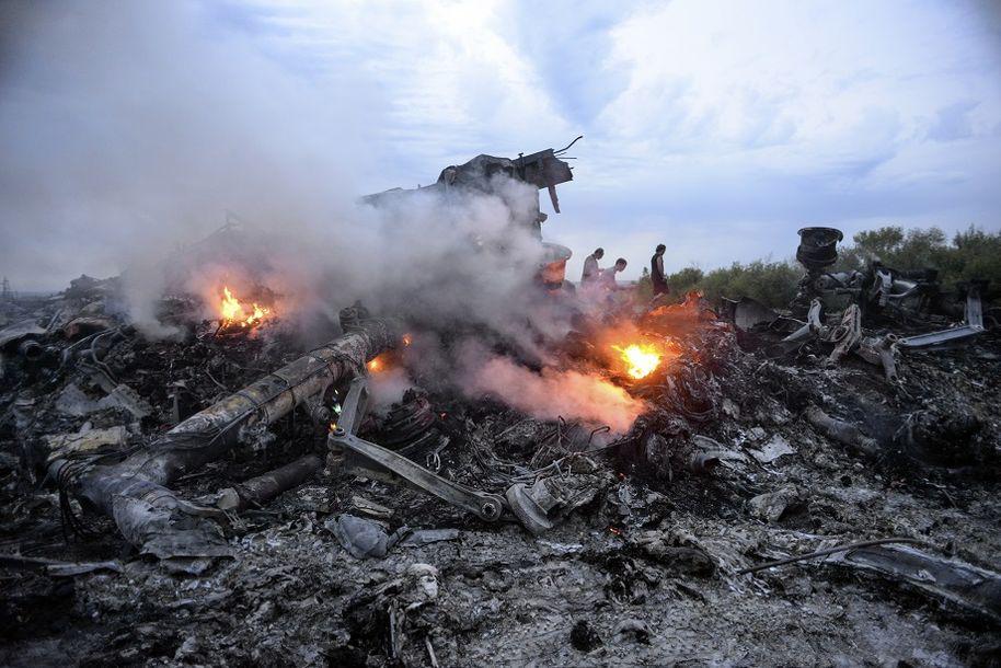 Ужасная катастрофа: трагически сбит российский вертолет. Шокирующие фото