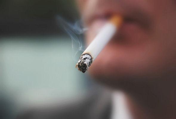 smoking-543175