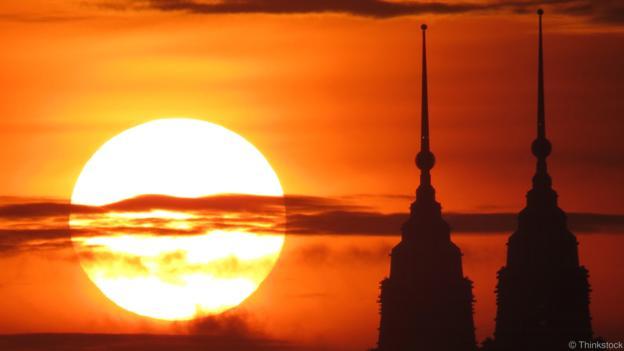 «БЕРЕГИТЕСЬ!»: Как мощная вспышка на солнце ударит по россиянам
