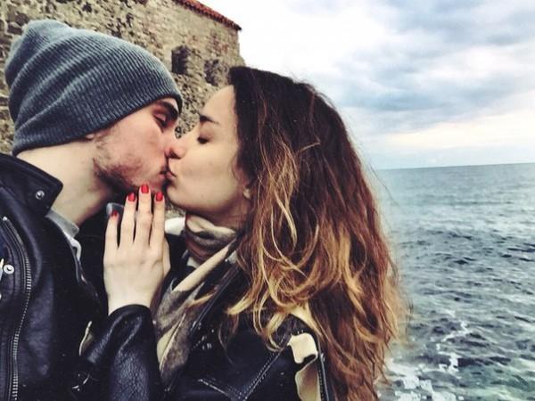 Муж Виктории Дайнеко выложил пикантный снимок жены