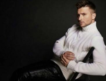 «Гейская натура»: Женские туфли Сергея Лазарева привели в недоумение его поклонников