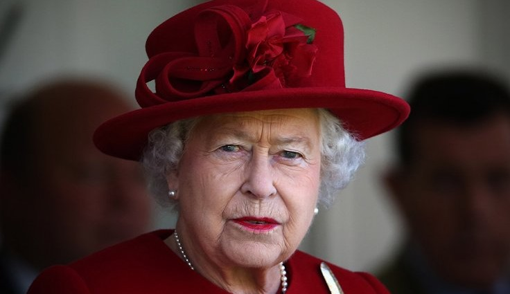 Queen Elizabeth II cancels traditional Christmas travel plans due to ill health