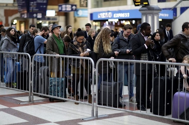 Etihad and Emirates prepare for strikes at UK airports