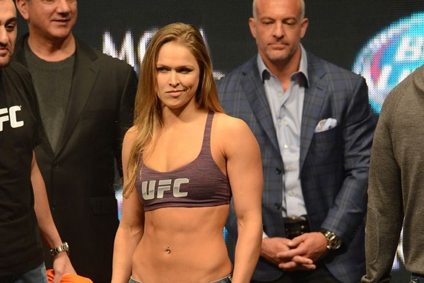 ronda-rousey-skinny-weigh-in