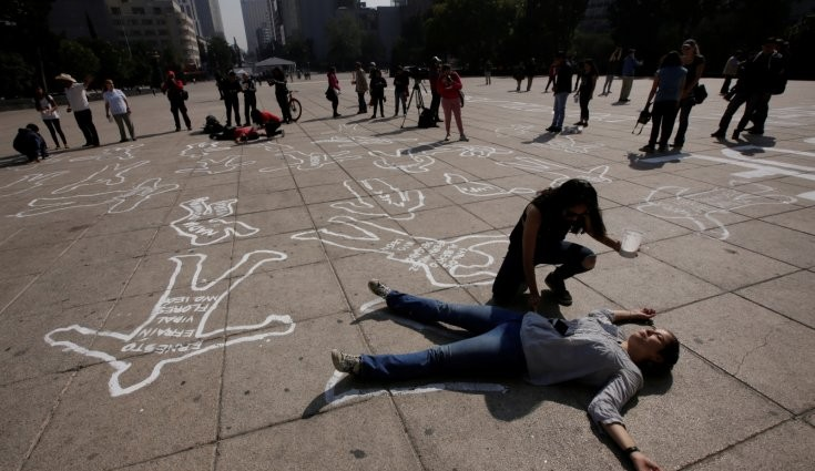 13 killed in Mexican states of Michoacan and Guerrero in drug violence on Christmas Day