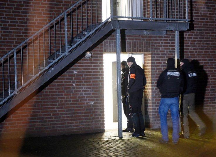 policemen-enter-home-asylum-seekers-emmerich-western-germany-december-22-2016
