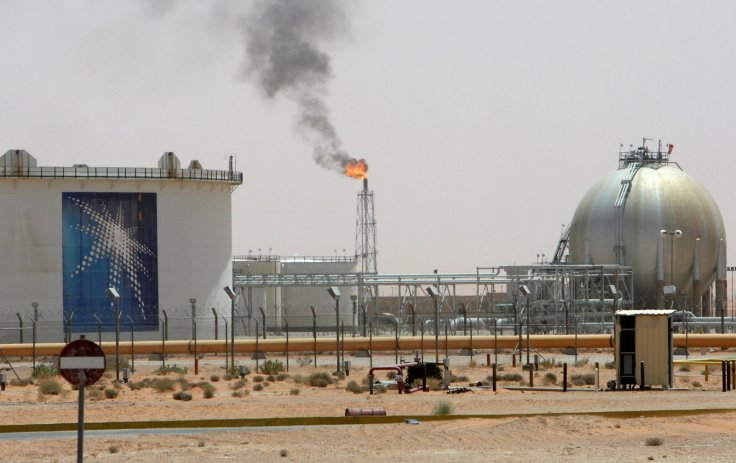 saudi-arabia-informs-its-us-european-customers-cut-oil-deliveries-january-report