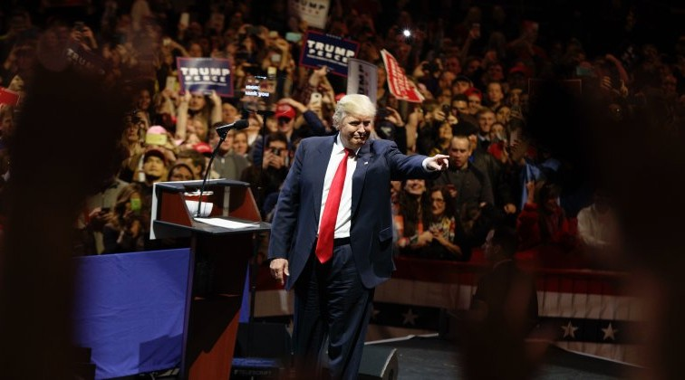 Trump thanks supporters, revives fiery campaign rhetoric in Ohio victory rally