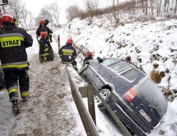 Several die in Poland as icy weather continues to sweep across Europe