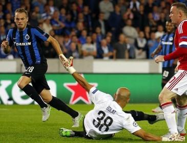 Английский вратарь поразил неординарным поступком во время матча: появились фото и видео курьеза