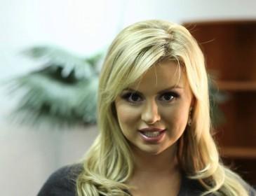 Бэби-бум: Анна Семенович ждет пополнение в семье