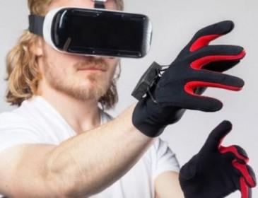 Виртуальная реальность на ощупь: Цукерберг тестировал новое изобретение