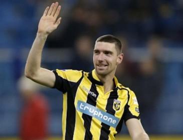 Футболист забил первый гол в 32 года и установил рекорд