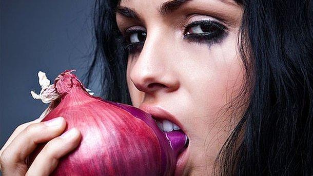 Вот как быстро побороть неприятный запах изо рта