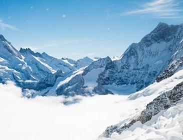 Смертельная Опасность: После схода лавины в Канаде пропали пятеро туристов